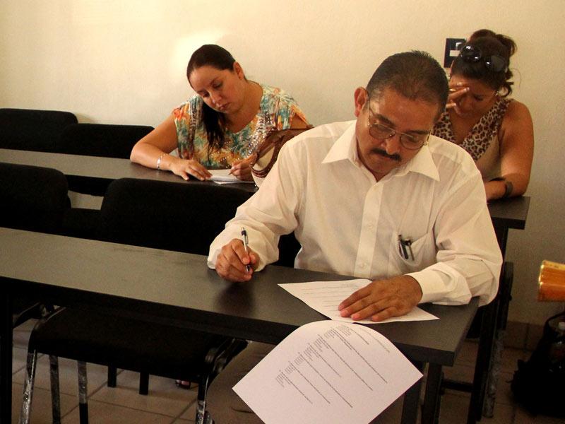 Proceso concurso oposici n profesores sede bah a de banderas for Concurso para profesores